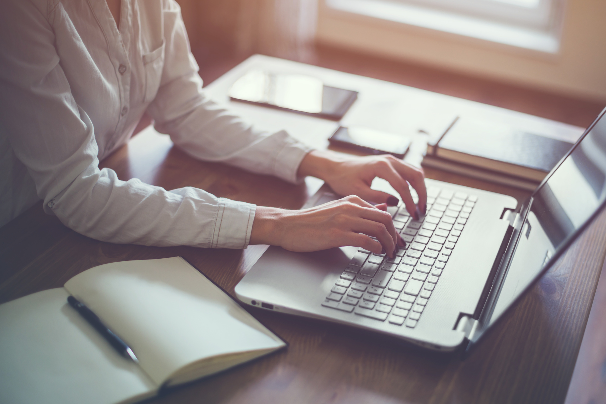 7 Tips to Help You Set Up a Home Office for Optimal Productivity