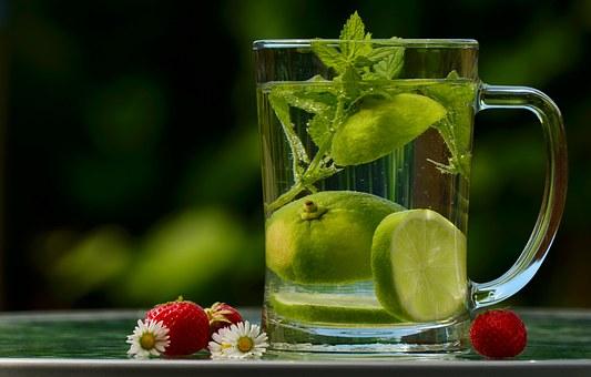 De Apă, Băutură, Dezintoxicare