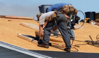 6-Things-You-Should-Know-When-Hiring-a-Commercial-Roofing-Contractor-1.jpg